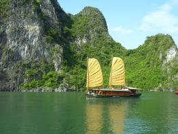 Traveller: Travel News and Stories: A VIETNAM TOUR FOR EVERYONE 671