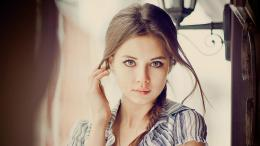 Wallpapers :: brunettes, women, blue eyes, faces 1100