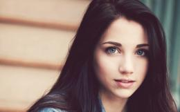 Celebrities Wallpapers : Emily Rudd Brunette Blue Eyes Face Hair Eyes 492