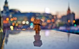 Danbo Bokeh City Light Wallpaper Widescreen Wallpaper | WallpaperLepi 1630