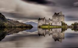 Fantastic Castle Reflection On A Lake Hdr Hd Wallpaper | Wallpaper 1554