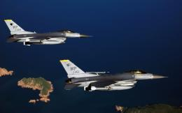 Two F 16 Fighting Falcon Aircrafts Wallpapers | HD Wallpapers 747