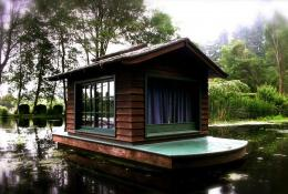 Dream Material | Budget Boating:Houseboats Shantyboats Minimalist 1447
