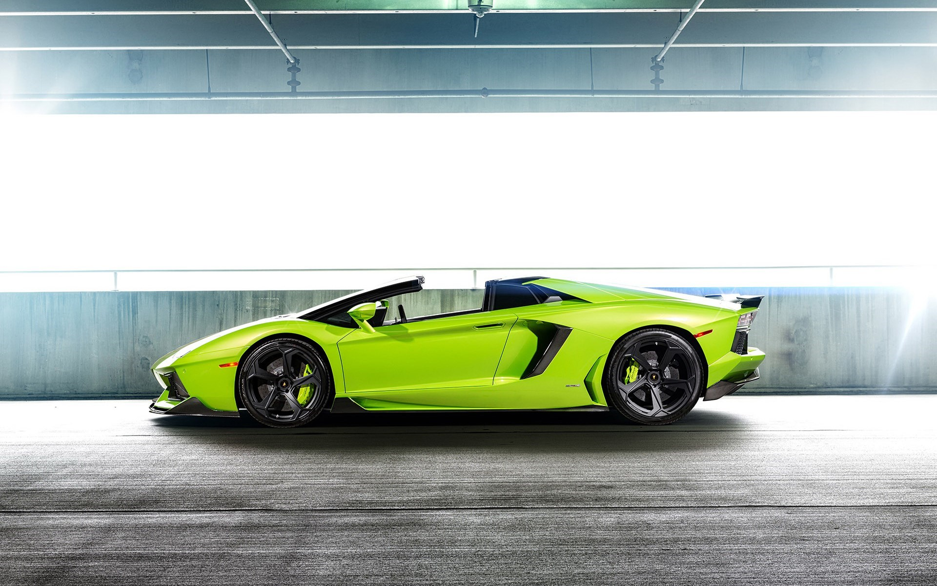 18 Green Lamborghini Aventador Wallpaperwallpapertad Photography 1172 Green Lamborghini Wallpaper