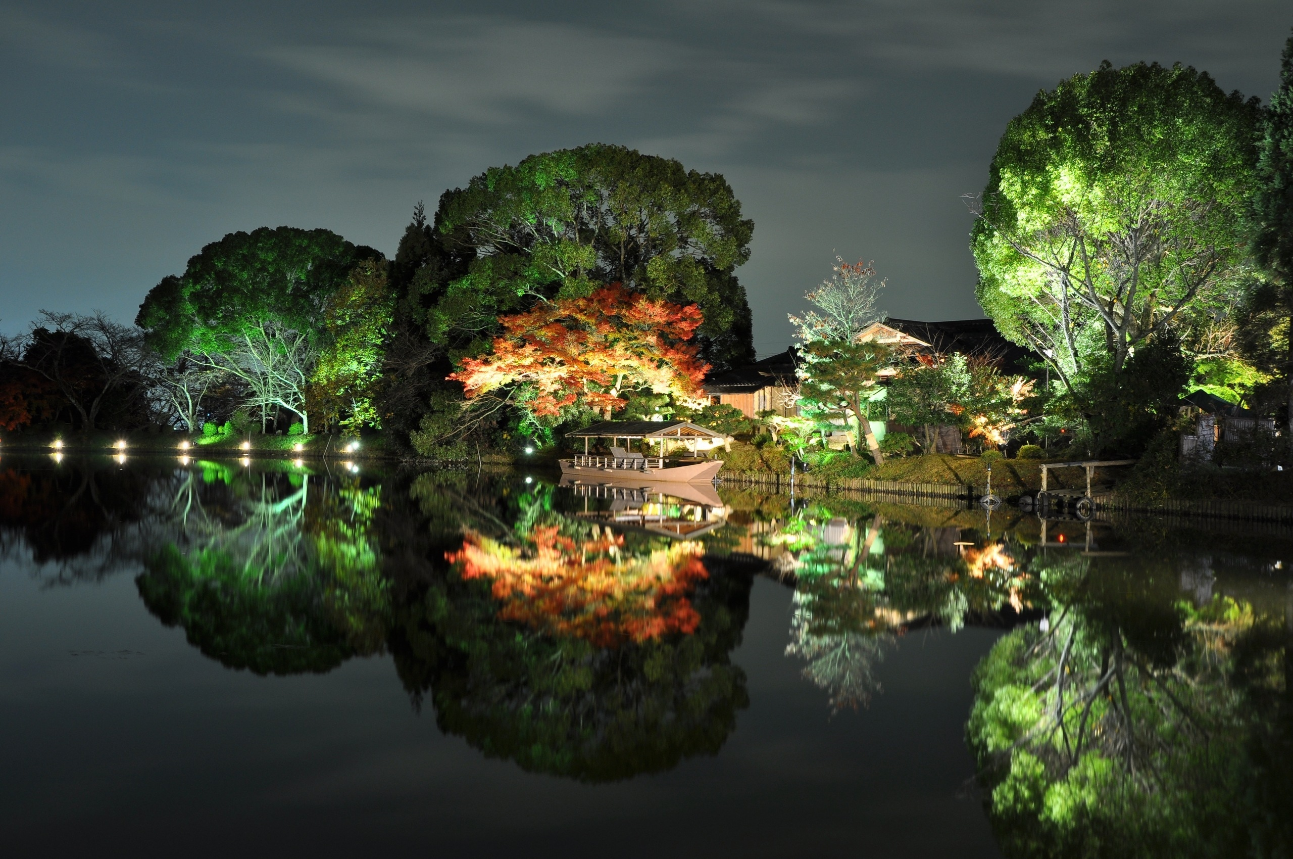 Trees river japan house boat autumn reflection wallpaper   2560x1700 725