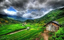 Lonely Barn In Valley Hd Wallpaper | Wallpaper List 1014