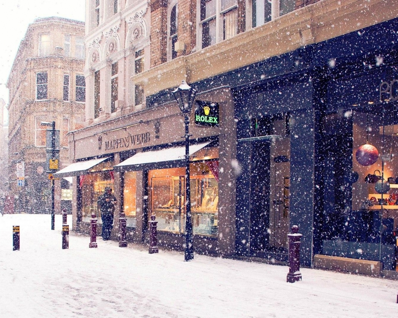 Download Snowing in town wallpaper in CityWorld wallpapers with all 264