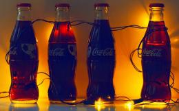 Coca Cola Glow With Light Bulbs Hd Wallpaper | Wallpaper List 981