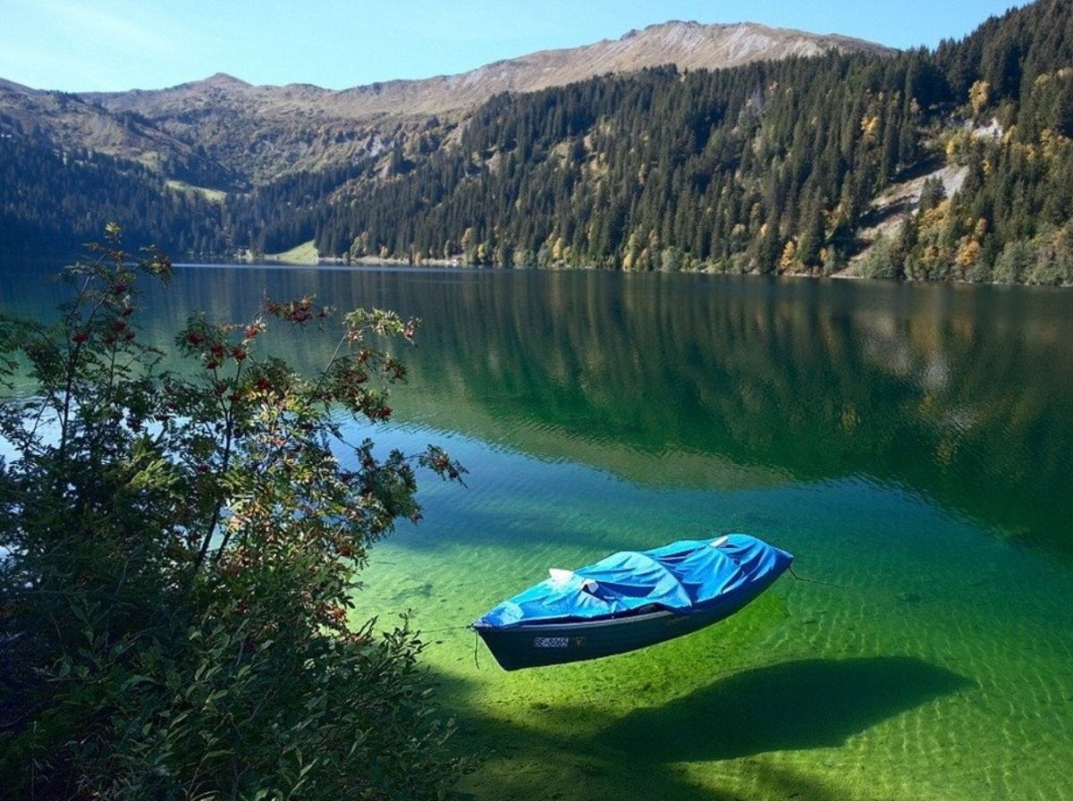 Clear Lake, boat, calm, crystal clear, green, hills, peaceful 1504