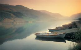 Peaceful lake with boats wallpaper 1833