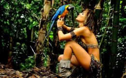 Pretty Tarzan Girl And Parrot Hd Wallpaper | Wallpaper List 487
