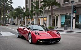 epic pic: red Pagani Huayra front side view on the streetGallery 431