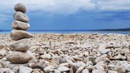 Rock Stacking On Beach Hd Wallpaper | Wallpaper List 1793