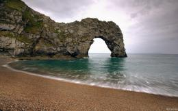 Glorious beach with arch rock wallpaper 1301