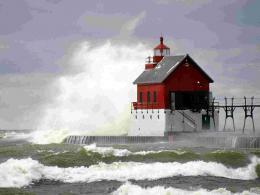 High Tide, Grand Haven Lighthouse, Michigan wallpaperLighthouses 748