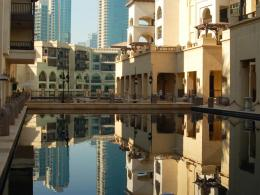 Reflection Pool In Dubai Hotel Hd Wallpaper | Wallpaper List 835