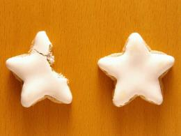 Christmas Snacks Star shaped iced biscuitsChristmas Wallpaper 843
