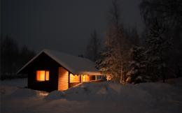 snow on cabin in woods Wallpaper Background | 54539 1590