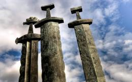 Three stone swords wallpaper 687