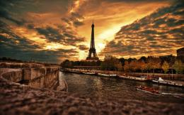 Tower Beautiful Wallpaper HD Download Beautiful Eiffel Tower Wallpaper 1628