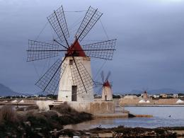 and More: Wordless WednesdayWindmills of the World #WW with Linky 1425