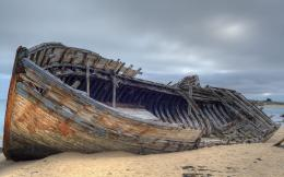Abandoned shipwreck Wallpapers Pictures Photos Images 1566