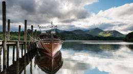 Boat by the wooden pier wallpaperPhotography wallpapers#32378 380