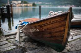 Wallpaper Wooden Row Boat With Motor 885