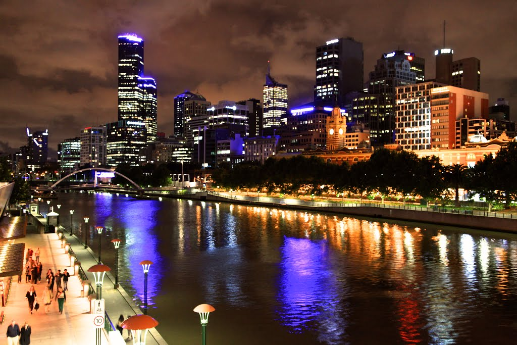 Photo of Night view on the bank of Yarra River in Melbourne 1079