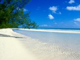 New 15 White Sand And Beach Wallpapers | Wallpaper Collection For Your 1551