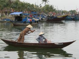 Easy Going Day in Hoi An, VietnamStop Having a Boring LifeGlobal 1560