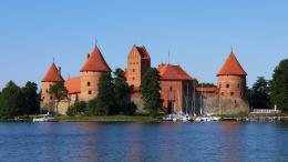 Pads And Island Castle Trakai Lithuania   HD Walls   Find Wallpapers 358