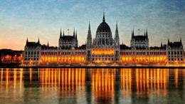 Hungarian Parliament Buildingwallpaper 1156