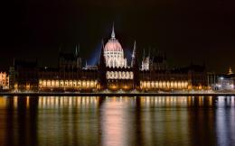 Budapest Parliament Building By Night | HD Walls | Find Wallpapers 913