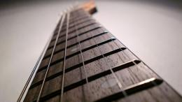 1920x1080 Guitar Strings Close up desktop PC and Mac wallpaper 1980