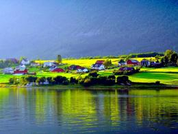 Download Lakeside small village wallpaper in Nature wallpapers with 1537
