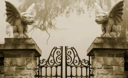 dark gates Wallpaper Background | 21334 749
