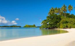 Peaceful Clear Beach and Sand desktop wallpaper | WallpaperPixel 1594