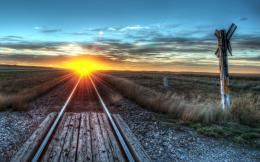 Sunset over railway track » Sunset over railway track 2560×1600 615