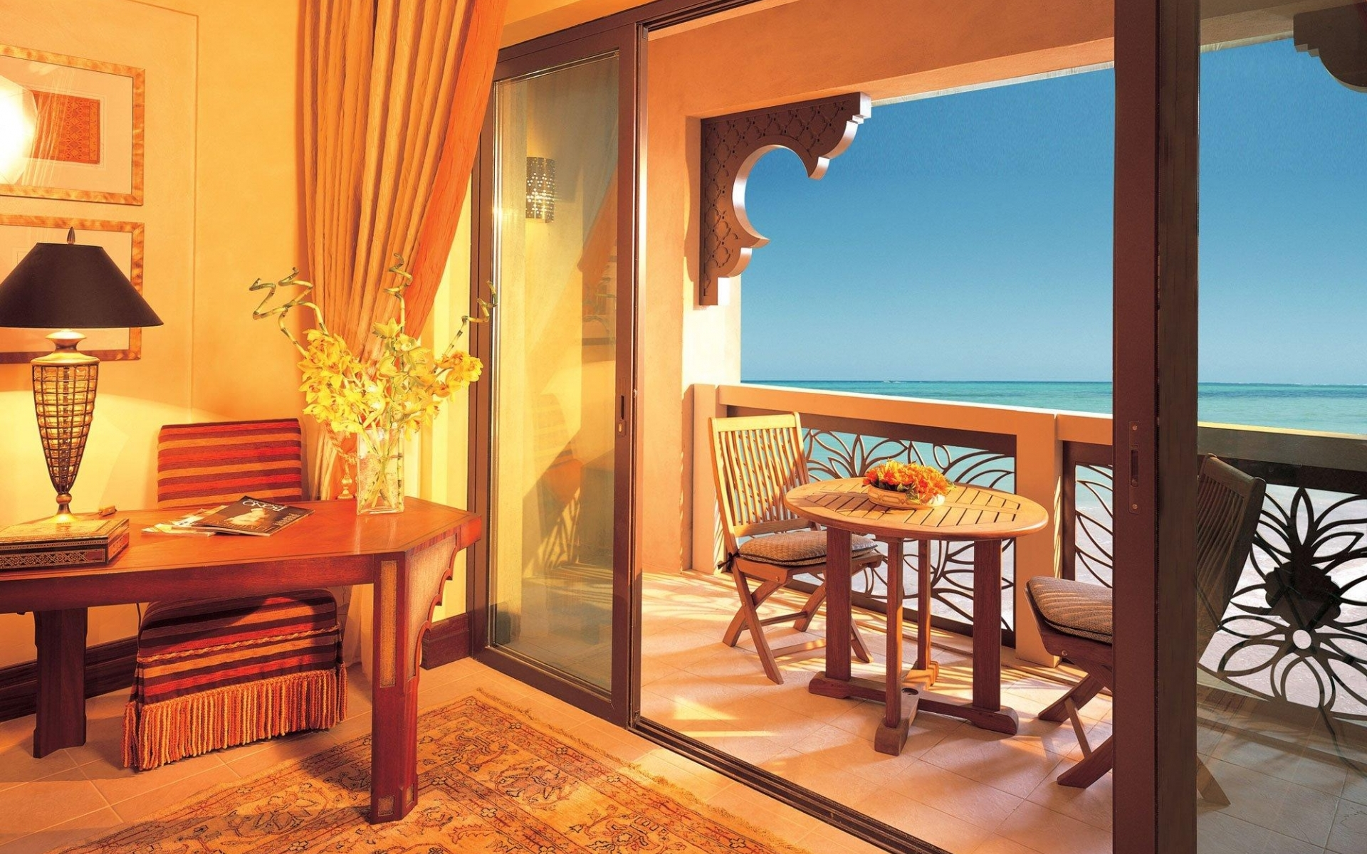 Amazing Hotel Room With Seaview Hd Wallpaper | Wallpaper List 1860