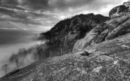 Download Mountains in black and white wallpaper in Nature wallpapers 866