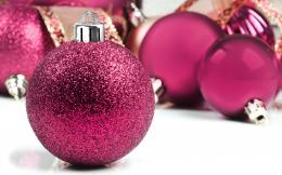 balls, Christmas baubles and Christmas Decorations 1920x1200 Wallpaper 1044