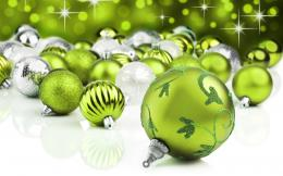 Decorated Christmas baubles pictures and balls images 736