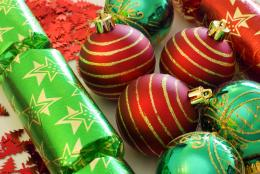 Red green Christmas decorations, wallpaper, Red green Christmas 1051