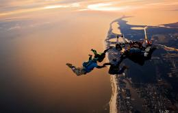 cool parachute skydiving wallpaper | 2514x1600 | 68420 | WallpaperUP 1803