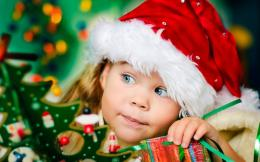 Child Christmas Girl Blue Eyes WallpaperNew HD Wallpapers 1975