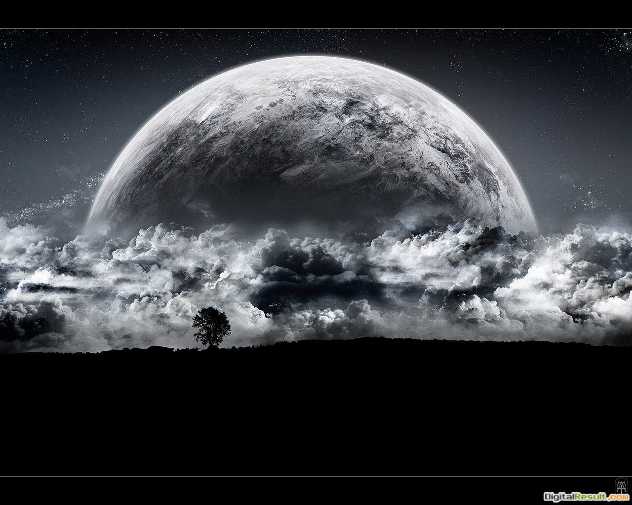 Cloudy MoonDesktop Wallpaper 1509