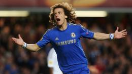 Chelsea David Luiz on the field wallpapers and imageswallpapers 1860