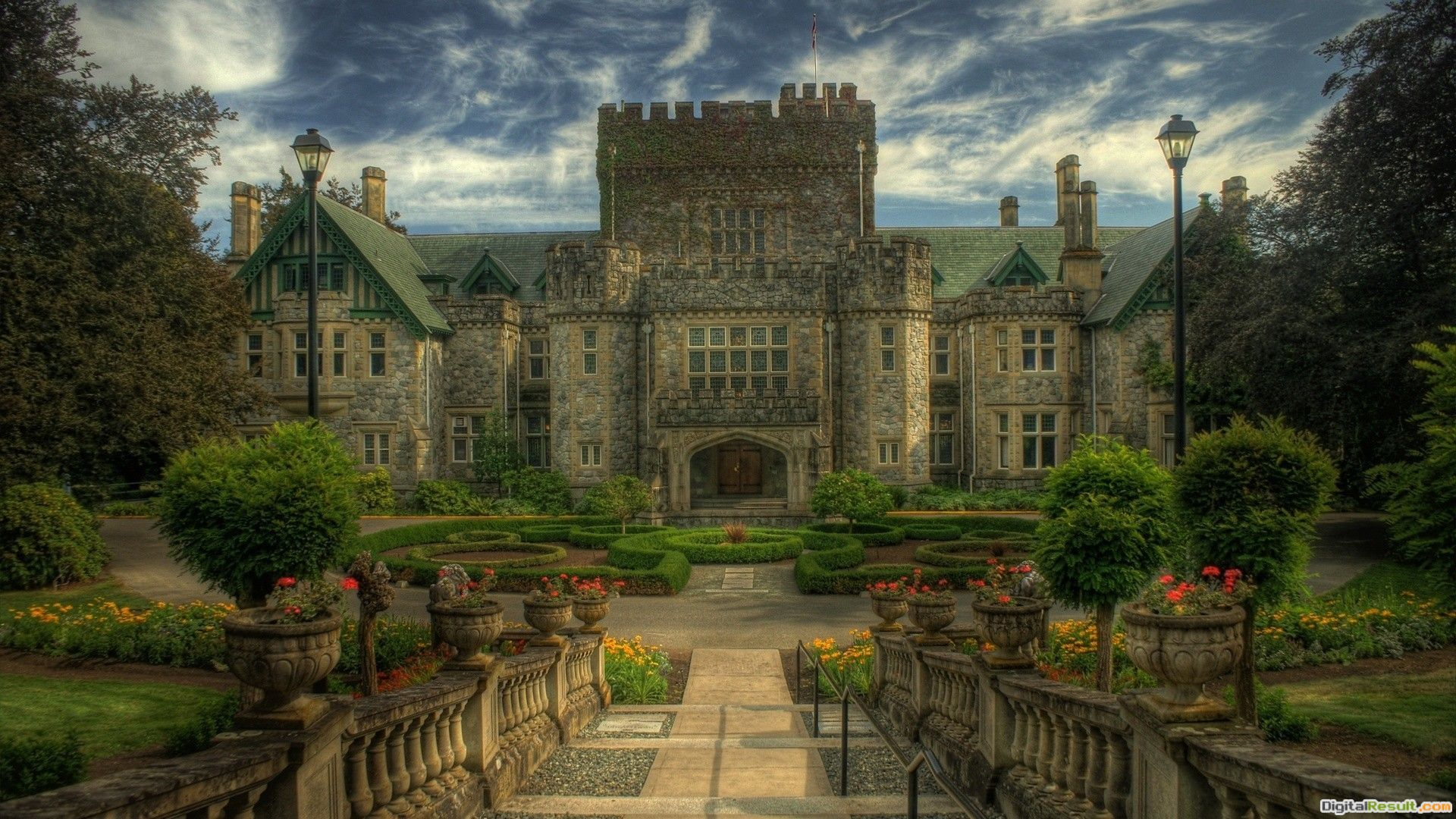 The ancient castle in Canada wallpapers and imageswallpapers 810