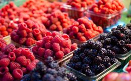 Fresh Fruits at the Market HD Wallpapers4K 1150